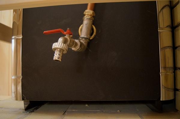 Как нагреть воду в бане от печи